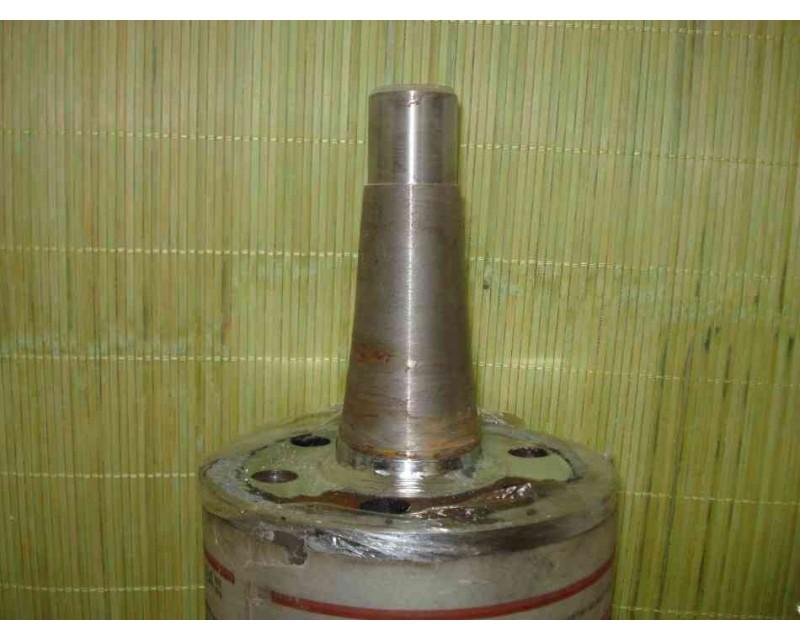 Вал металлический L=900*137 мм
