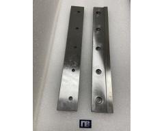 Нож гильотинный L=380*54 мм, 5 отверстий